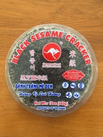 BLACK SESAME CRACKER